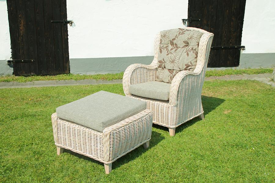 Beiger Sessel 02